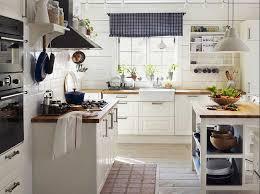 landhausküche ikea kleine landhausküchen weiß mit massivholz arbeitsplatte ikea