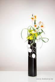 Japanese Flower Arranging Vases Sign Up For A Free Weekly Ikebana Newsletter By Ilse Beunen