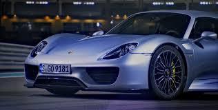 Porsche 918 Torque - top gear drives porsche 918 spyder video
