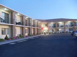 Comfort Inn Middletown Ri Ambassador Inn U0026 Suites Middletown Ri 1359 West Main Rd 02842