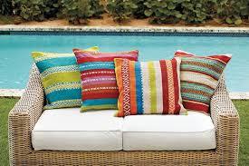 coussins originaux canapé coussin extérieur pour salon de jardin un confort optimal