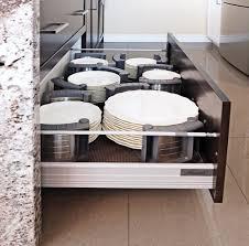 comment ranger la vaisselle dans la cuisine 43 solutions infaillibles pour le rangement trucs et conseils