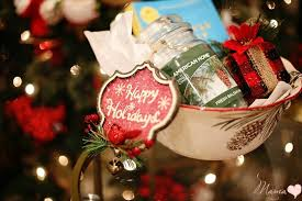 Christmas Basket 10 Neighbor Christmas Gift Basket Theme Ideas De Su Mama
