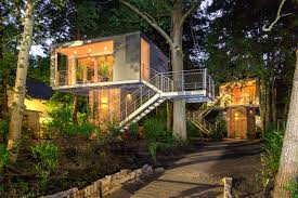 Treehouse Office The Urban Treehouse Live Amongst The Trees For A Spell Design Milk