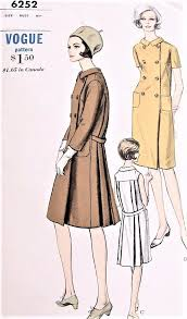 1960s stylish coat dress pattern vogue 6252 double breasted back