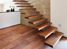 wohnzimmer wã nde chestha wohnzimmer treppe idee