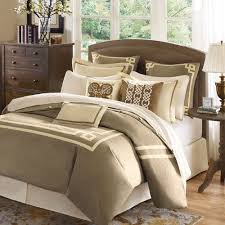 Luxury King Comforter Sets Best 25 Luxury Bedding Sets Ideas On Pinterest Luxury Bedding