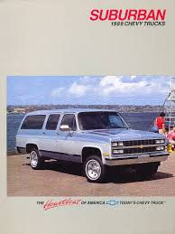 1989 chevrolet chevy suburban original car sales brochure catalog