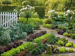 Backyard Vegetable Gardening by 671 Best Beautiful Vegetable Gardens Images On Pinterest Veggie