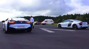 Bmw I8 O 60 - bmw i8 vs audi r8 plus drag race 550plus club acceleration rennen