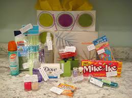 Honeymoon Shower Gift Ideas Here Are Some Creative Gift Ideas For Anyone Who Is Engaged Spoil