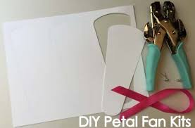 petal fan wedding programs diypetalfankits jpg