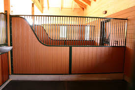 horse stall partitions
