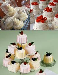 individual wedding cakes let them eat cake at your wedding diy individual wedding cakes