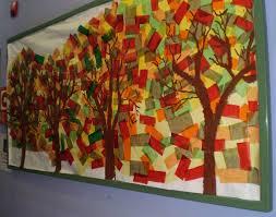 mural decoratiu fons de retalls de paper de seda i dibuixats amb mural decoratiu fons de retalls de paper de seda i dibuixats amb pintura els arbres