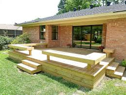 Deck Wood Bench Seat Plans by Best 25 Deck Bench Seating Ideas On Pinterest Deck Benches
