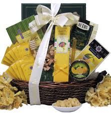 Sympathy Gifts Amazon Com Great Arrivals Sympathy Gift Basket In Loving Memory