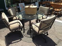 Comfortable Patio Furniture 18 Tips To Select Patio Furniture For Your Outdoors Modern