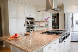 vaisselle cuisine cuisine avec lave vaisselle sville appartement kitchen with all