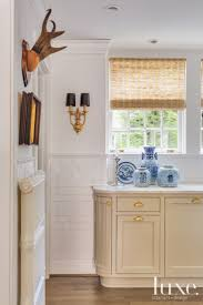 Cream Kitchen Tile Ideas by Best 25 Beige Cabinets Ideas On Pinterest Beige Kitchen