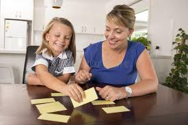 jeu de mots cuisine belles 6 ées douces et heureuses de fille apprenant la lecture