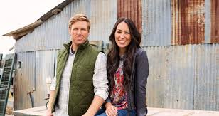 chip and joanna gaines tour schedule fixer upper stars chip and joanna gaines dive into magazine