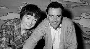 the apartment art imitates life shirley maclaine revisits the apartment 1960 at