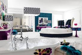 Bathtub Bed Luxury Bedroom With Attractive Interior Also Paired With Round Bed