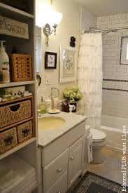 cottage bathroom ideas 25 best ideas about small cottage bathrooms on small
