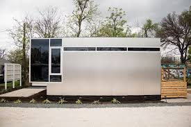 Austin Houses by Austin Is About To Get Its Own Prefab Tiny Home Manufacturing