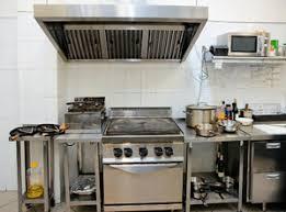 extracteur d air cuisine professionnelle hotte professionnelle principe et avantage ooreka