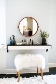Vanity Desk Best 20 Vanity Desk Ideas On Pinterest Vanity Set Ikea Makeup