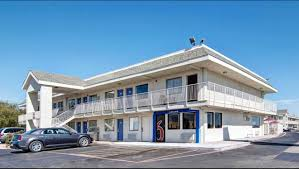 Hotels Next To Six Flags Over Texas Motel 6 Dallas Euless Hotel In Euless Tx 43 Motel6 Com
