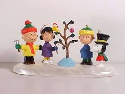 peanuts ornaments by hallmark decore