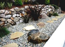 20 diy ideas for garden decor with pebbles and stones 1001 gardens