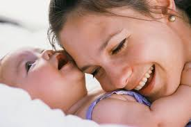 how to bathe your baby how ornament my eden because the newborn is vulnerable parents need to be particularly careful if parents can master the skills of bathing a baby it can be joyful and the