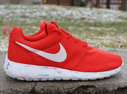 rosch runs new nike roshe runs in stores now expressions