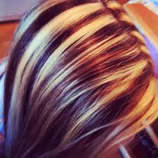 low hight hair incredible my friends hair did chunky blonde and brown sliced high