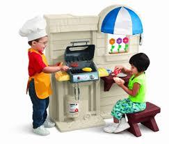 Little Tikes Childrens Kitchen by Amazon Com Little Tikes Inside Outside Cook N Grill Kitchen Toys