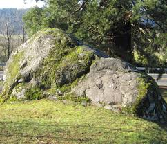 if rocks could talk 6 glacial erratics to visit around puget