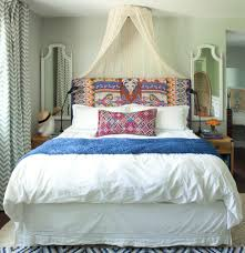 How To Arrange Pillows On King Bed 10 Ideas For Decorating Over The Bed Popsugar Home
