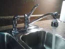 Moen 7600 Kitchen Faucet Les 25 Meilleures Idées De La Catégorie Kitchen Faucet Repair Sur