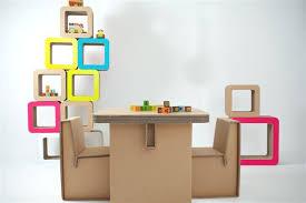 arredo in cartone arredamento per bambini in cartone ondulato le sedie e il tavolo