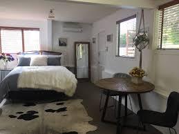 kumeu countryside living guesthouse for rent in kumeu auckland