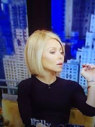 news anchor in la short blonde hair best 25 kelly ripa haircut ideas on pinterest kelly ripa hair