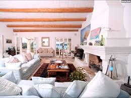 Wohnzimmer Decken Gestalten Funvit Com Wand Grau Weiß