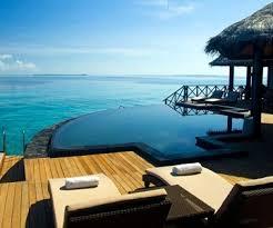 hotel avec piscine dans la chambre hôtel ja manafaru maldives oit hotels