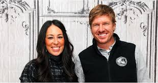 chip gaines net worth what it s really like to be cast on fixer upper popsugar home