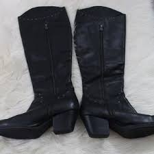 born womens boots size 12 born born womens kamryn boots size 11 from autumn s closet on