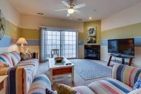 2 Bedroom Condo Ocean City Md by Ocean City Condo Rentals Vacation Rentals Vacasa